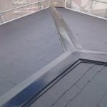 4階建マンションのスレート屋根をウレタン塗装 寝屋川市